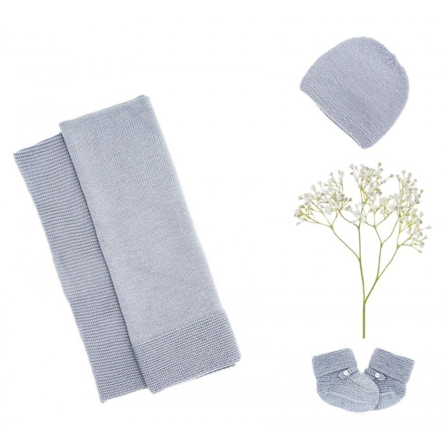 Trousseau de naissance laine couverture bonnet chaussons